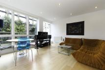 Flat to rent in Hertford Road, N1