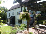 Cottage for sale in Quarry Road, Godstone...
