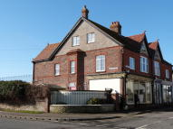 4 bedroom Ground Maisonette for sale in East Street, Selsey, PO20