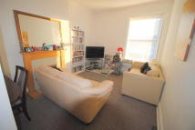 2 bedroom Flat in Seamoor Road, Branksome...