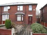 3 bedroom semi detached home in Longhill Rochdale. Trad...