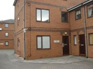 Flat in Manningtree Close...