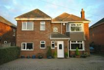 4 bed Detached property in Tetney Road, Humberston...