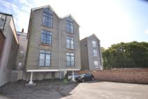 Flat in Paget Road, BARRY ISLAND...