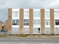 2 bed Flat in Howard Court, BARRY...