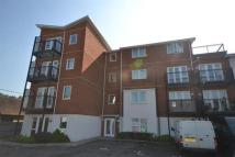 2 bedroom Flat in Beaumont Court...