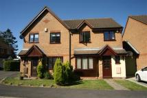 3 bedroom semi detached property to rent in Briarswood, Hazlemere...