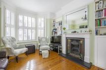 2 bed Flat for sale in Lavenham Road, SW18