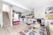 3 bed Terraced house in Longfield Street, SW18