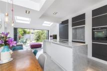 4 bed Terraced property in Trentham Street, SW18