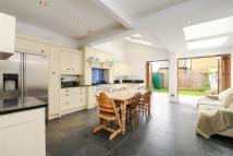 4 bed Terraced property for sale in Revelstoke Road, SW18