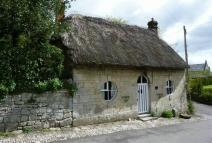 2 bedroom Cottage for sale in Tisbury...