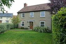 4 bed Detached property for sale in Longburton, Sherbourne...