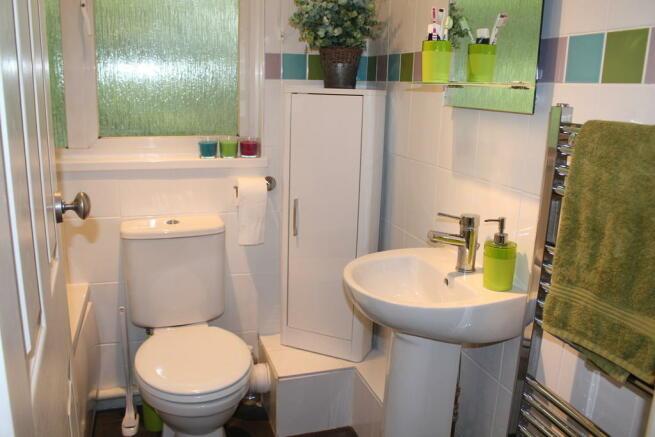 White Suite Bathr...