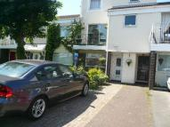2 bed house in Marina Village...