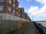 Flat to rent in Waterside Court...