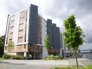 2 bed Flat in The Deck Lock 5...