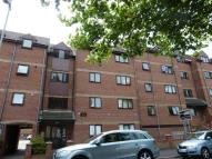 Flat to rent in Mumby Road, GOSPORT