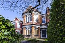 1 bed Flat for sale in Colney Hatch Lane...