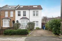 Flat to rent in Pembroke Road, London...