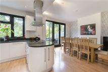 5 bed property in Pages Hill, Muswell Hill...