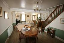 2 bed property to rent in Poole Quay