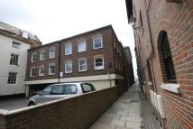 2 bedroom property to rent in Poole Quay