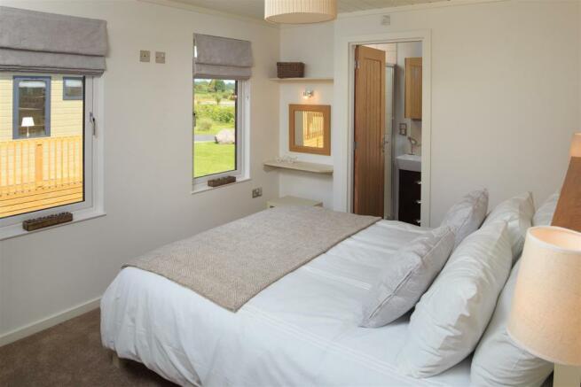 Sampool-Plantation-Lodges-29 Bedroom.jpg