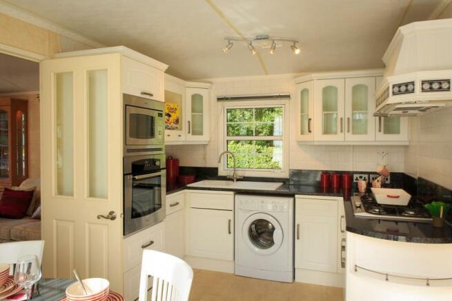 Atlas Ovation Super Kitchen.jpg