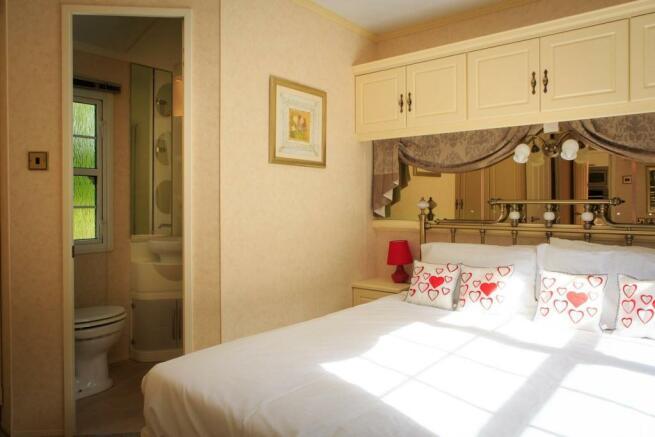 Atlas Ovation Super Bedroom.jpg
