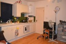 Flat in Cricklewood Broadway...