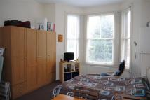 Greencroft Gardens Flat to rent