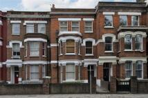 2 bedroom Flat in West End Lane...