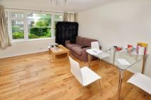2 bed Flat to rent in Manor Court...
