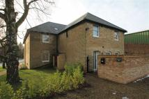 3 bed Penthouse to rent in Bull Lane, Newington...