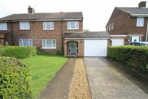 3 bedroom semi detached house to rent in College Road...