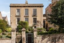 semi detached home to rent in Cambridge Place...