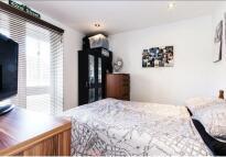 4 bed Flat in Deverell street, SE1
