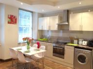 2 bedroom Flat in Maple Street, Fitzrovia...