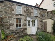 2 bed semi detached house in Rose Cottages...
