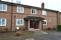 Flat for sale in Haydon Drive, Pinner...