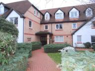 Flat in 17 Friern Watch Avenue...