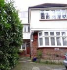 Flat in Finchley Road Golders...