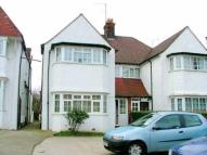 1 bed Flat to rent in Golders Green Road...