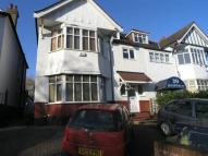 Flat in Queens Road Hendon