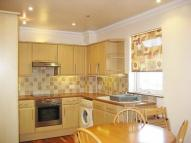 Flat to rent in Alyth Gardens Golders...
