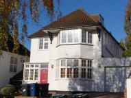 6 bed Detached home to rent in Basing Hill Golders Green