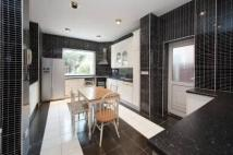 5 bedroom semi detached house in Templars Avenue Golders...