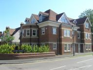 3 bed Flat to rent in Elizabeth Jennings Way...