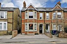 Oakthorpe Road Town House to rent